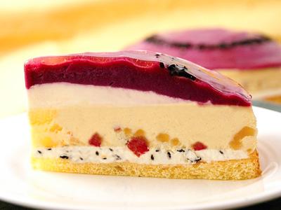 紅芋セサミチーズケーキ